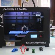 El Cabildo pone en marcha el servicio de préstamo de una impresora y un escáner 3D a centros educativos de la isla