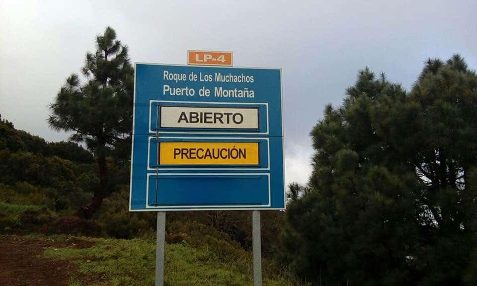 El Cabildo reabre al tráfico la carretera del Roque de Los Muchachos por Garafía