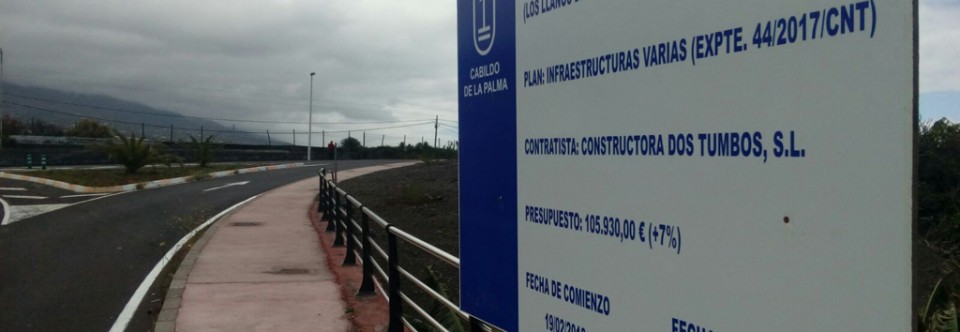 El Cabildo completa el paseo peatonal en la carretera LP-213 a su paso por Triana-Las Martelas