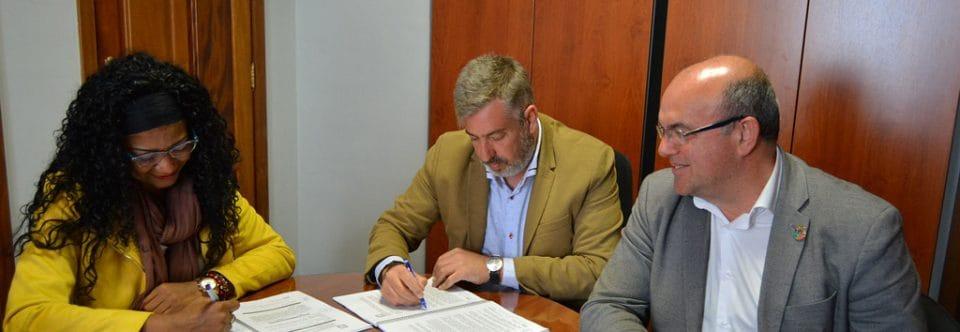 El Cabildo adjudica las obras para crear una glorieta que mejore el acceso a la carretera de Los Quemados en Fuencaliente