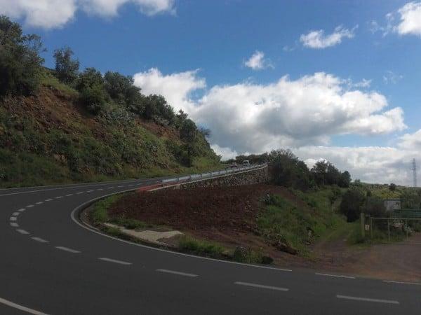 230316-Pavimentado-Curvas-Botazo